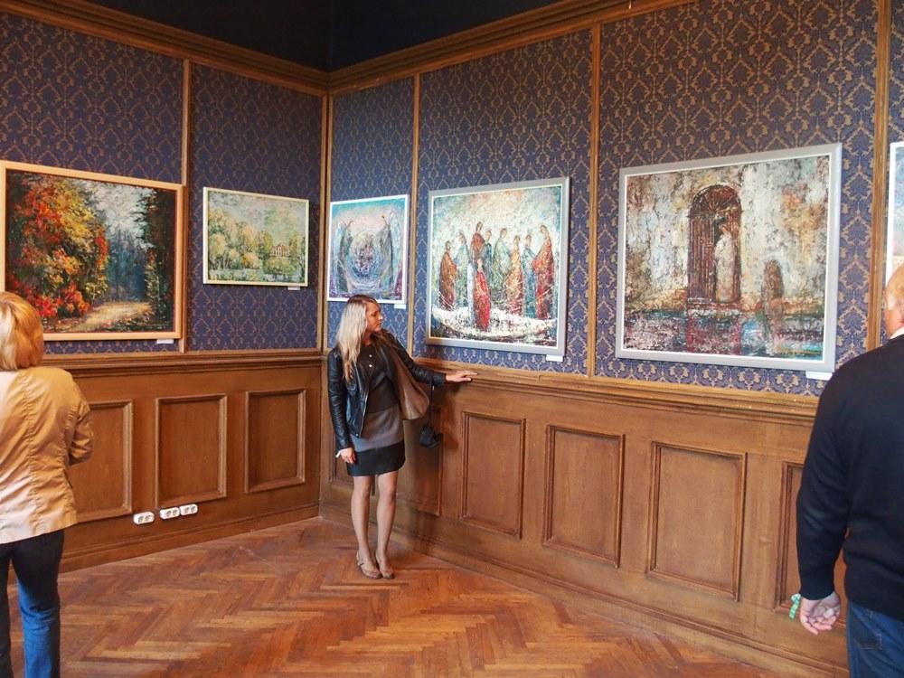 Artist's Ojeras Mašidlauskas and Romas Zmuidzinavicius paintings exhibition